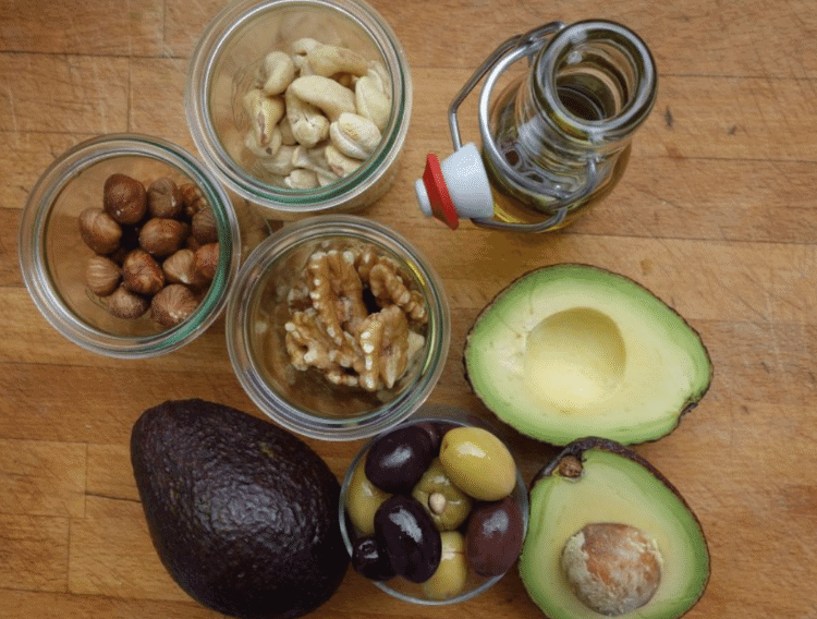 mix of healthy fats on a keto diet
