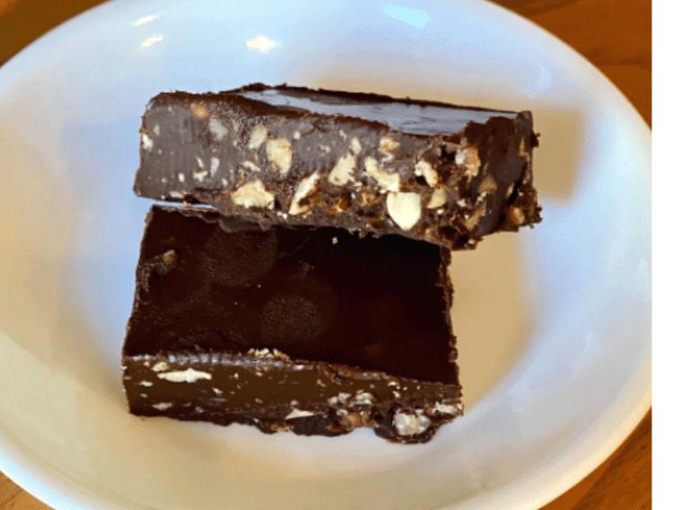 keto hazelnut fudge on a white plate